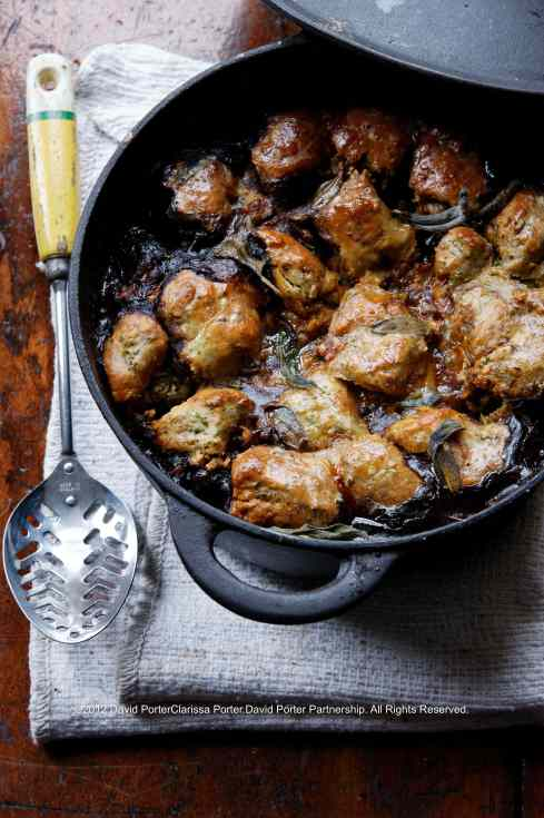 beef-cobbler-in-cast-iron-casserole-dutch-oven